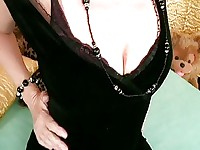 Lovely Mature Hanna Gets You Off with Her Furry Twat