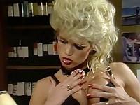 Jane Bond Meets Octopussy - Free Retro Lesbian Porn, Vintage Woman Nude