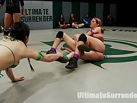 4 tough bitches battle in non-scripted Live Tag Team ActionDevastating submission holds, Brutal!
