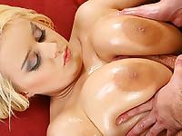 Pamela Tugs & Tits Fucks