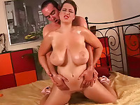Girl with big boobs gets fucked