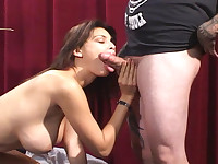 Tera Patrick doing a hot striptease and suck a good cock !
