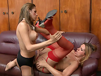 Lewd shemale gets her tool ready for suck-n-fuck action with a nasty t-girl