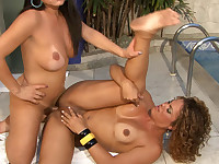 Randy t-girl can't imagine such a thrill with a horny shemale by the pool