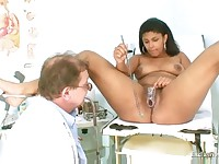 Manuela black pussy gyno speculum kinky exam by old doctor